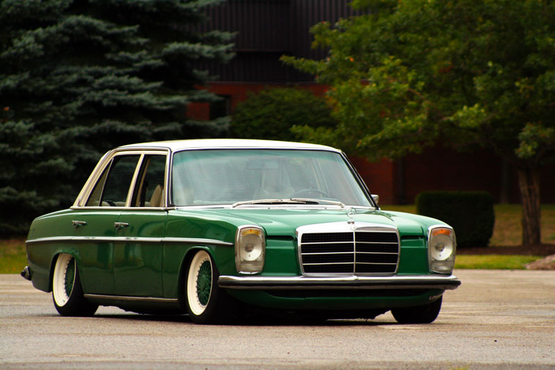... : 1976 Mercedes 300D, Green and Cream, Kitchener, Ontario on Air Ride